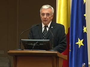BNR, reactie la criza din Grecia: Primele declaratii ale lui Mugur Isarescu despre bancile din Romania