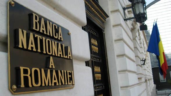 BNR a redus dobanda cheie la 3,25%. Relaxarea monetara va continua, prevad analistii