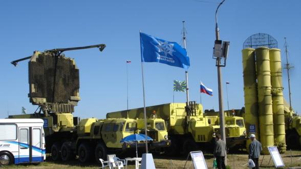 Balcanii dau in clocot din nou: Sarbii cumpara arme de la rusi, de teama croatilor