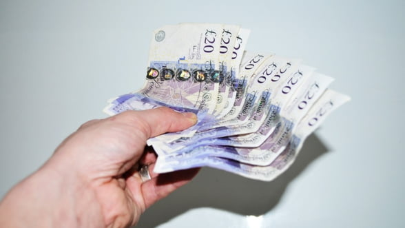 Banca Angliei, gata pentru noi politici monetare. Votul pentru Brexit a dat economia peste cap