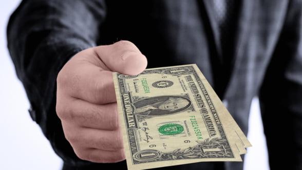 Banca Centrala a Rusiei ia in considerare limitarea imprumuturilor in valuta