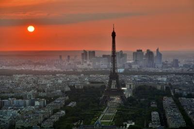 "Banca Frantei si-a redus la jumatate prognoza de crestere din cauza ""vestelor galbene"""