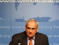 Banca Mondiala: Guvernul trebuie sa aplice reforme in domeniul administratiei