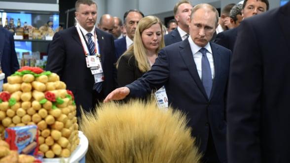 Banca Mondiala, scenariu devastator pentru Rusia: Sanctiuni pana in 2018 - rezervele valutare se evapora anul acesta