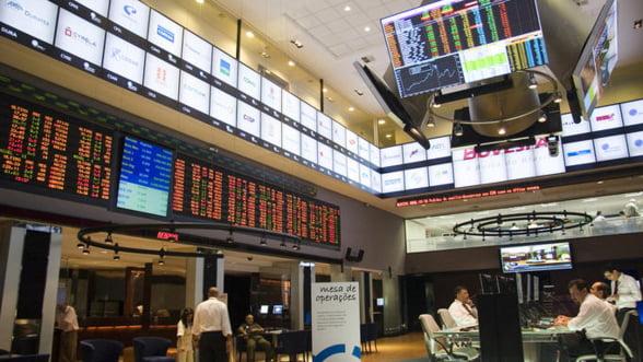 Banca Mondiala anunta o criza iminenta: va lovi in septembrie