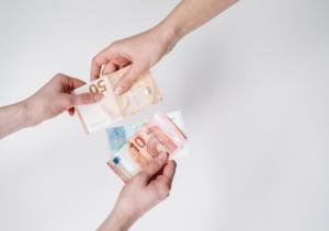 Banca sau casa de schimb? Unde gasesti cel mai bun curs valutar