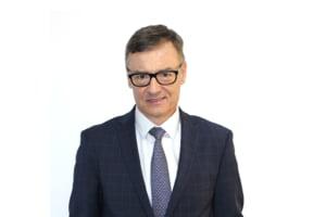 """Bancherul anului in Romania in 2020, Emil Bituleanu, CEO-ul Libra Internet Bank, invitat la emisiunea """"Dialogurile Ziare.com"""""""