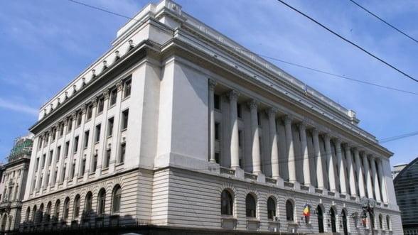 Bancile din Romania sunt in echilibru si nu necesita finantare imediata de la BNR