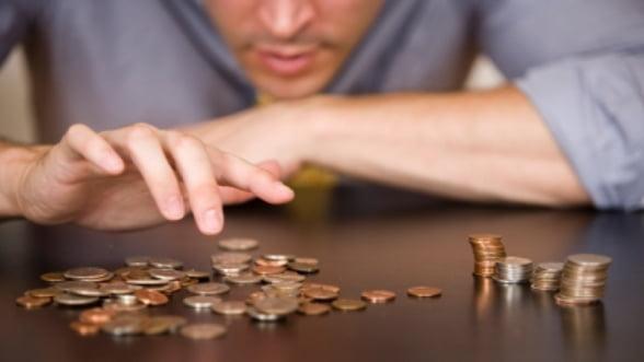 """Bancile nu dau credite, dar le restructureaza pe cele neperformante. BNR avertizeaza: """"Veti pierde!"""""""