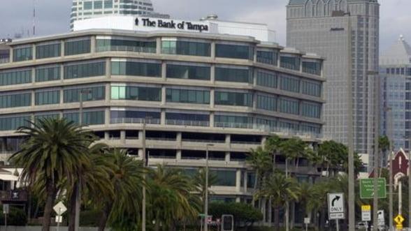 Bancile sunt executate silit in Florida de catre asociatiile de proprietari