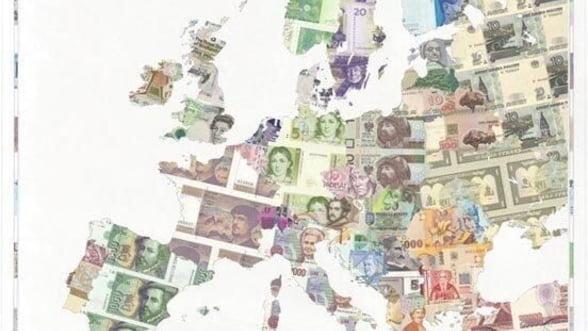 Banii uitati la saltea in vechile valute nationale ale Europei valoreaza 15 miliarde de euro