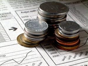 Bank of England a taiat dobanda cheie la un nivel minim istoric, din cauza recesiunii