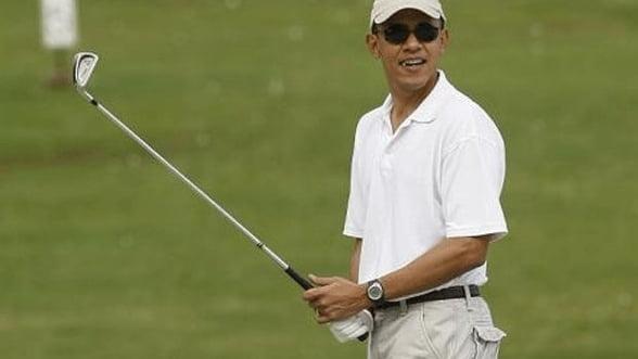 Barack Obama si-a luat o vacanta de trei zile pentru a juca golf
