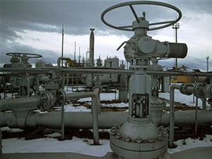 Barilul de petrol coboara sub 66 de dolari