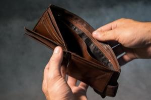 Barometru: 80% dintre romani sunt ingrijorati din cauza banilor in aceasta perioada