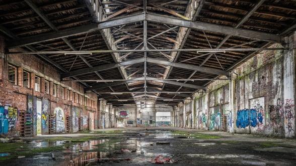 Barometrul Industriei din Romania: Industria si-a revenit partial in septembrie, dar viitorul ramane incert