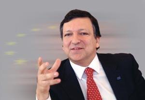 Barroso si-a anulat participarea la Forumul de la Davos