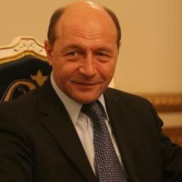 Basescu: Bancile austriece si-au innoit liniile de credit la reprezentantele din Romania