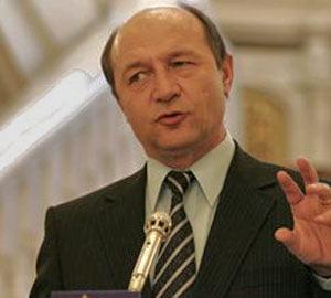 """Basescu: Guvernul nu va renunta in 2010 la """"Rabla"""""""