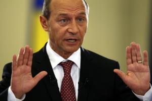 Basescu: Legea salarizarii, asumata de Guvern pentru a nu se risca acordul cu FMI