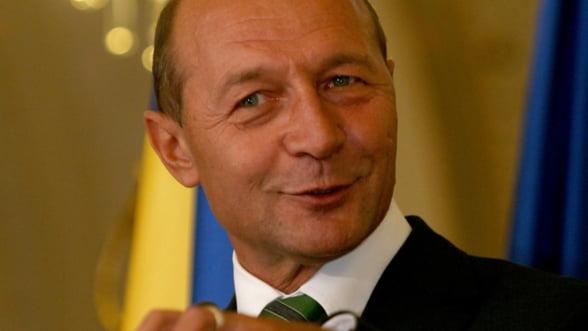 Basescu: Proiectul Rosia Montana, viabil din punct de vedere al pretului aurului
