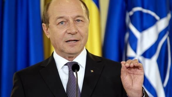 Basescu: Romania risca sa reintre intr-o perioada de criza economica