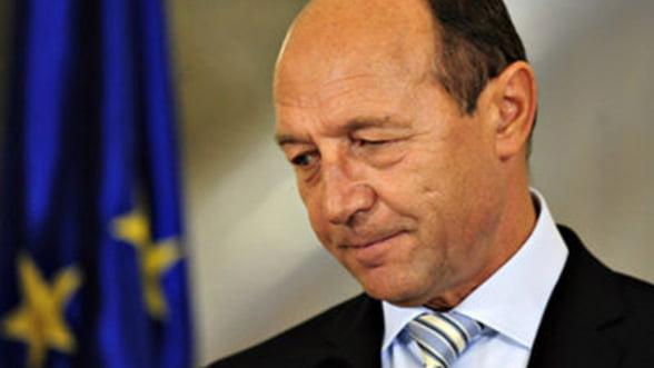 Basescu: Romania va continua relaxarea masurilor de austeritate