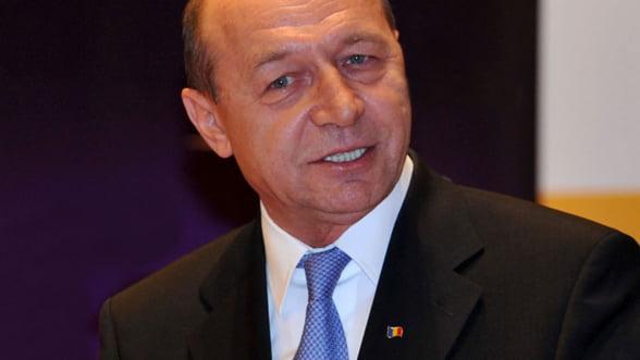 Basescu: Romanii au toate motivele sa fie optimisti. Avem al treilea an de crestere economica