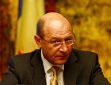 Basescu: Statul nu creeaza locuri de munca, ci reduce numarul acestora