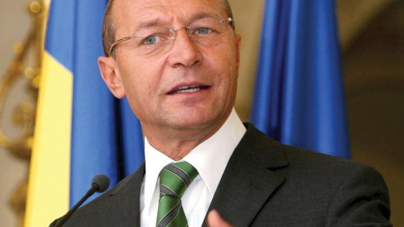 Basescu: Trebuie sa adoptam prin Constitutie noul tratat, pana la finele lui 2013, poate mai repede