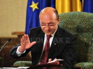 Basescu, despre TVA redusa si pensiile sub 2000 RON: ma voi pronunta cu celeritate
