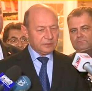 Basescu, invitat special la Congresul PPE: Politica europeana privind migratia doar aduce alti refugiati in UE