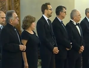 "Basescu a decorat mai multi intelectuali, ""in numele natiunii"": Patapievici, printre ei"