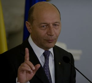 Basescu a promulgat noul Cod al Muncii. Vezi modificarile aduse