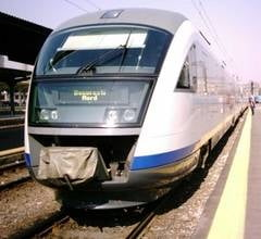 Basescu cere insolventa companiilor feroviare cu datorii la stat