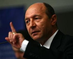 Basescu cere reexaminarea ordonantei privind reglementarea stimulentelor