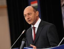 Basescu critica numirile apropiatilor in consilii de administratie