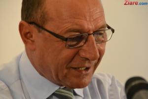 Basescu despre situatia din Romania: Poate fi inceputul unui razboi hibrid, dar e greu sa fie ca-n Ucraina