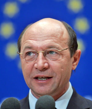 Basescu e optimist: Guvernul va lua decizia corecta legata de FMI