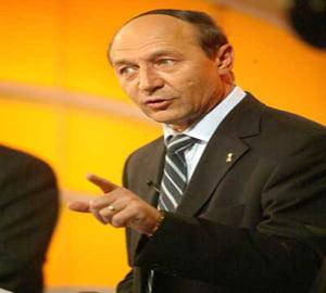 Basescu ii cere lui Predoiu declansarea urmaririi penale a lui Musetescu