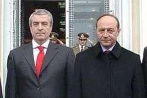Basescu l-a invitat pe Tariceanu sa zboare impreuna la Lisabona