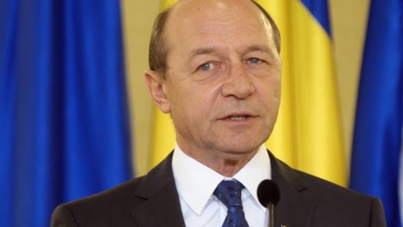 Basescu retrimite Parlamentului legea privind sanctionarea spalarii banilor