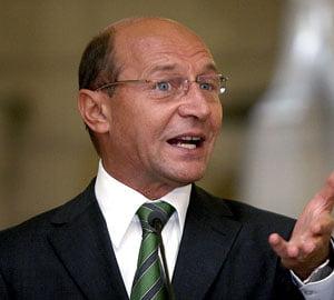 """Basescu spera ca apartamentele deja ipotecate sa nu intre in """"Prima Casa"""""""