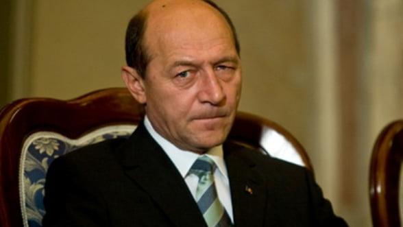 Basescu vine in Parlament: Se citeste cererea de suspendare