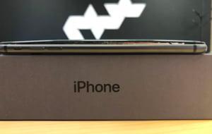 Bateriile din noile iPhone-uri dau mari batai de cap utilizatorilor