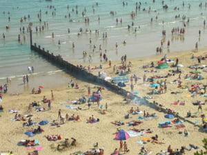 Belgia. Sistem de urmarire a telefoanelor mobile pentru limitarea aglomerarii statiunilor marine si a plajelor