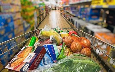 Biblia industriei de retail se rescrie: Clientii nu mai cred in mult si ieftin