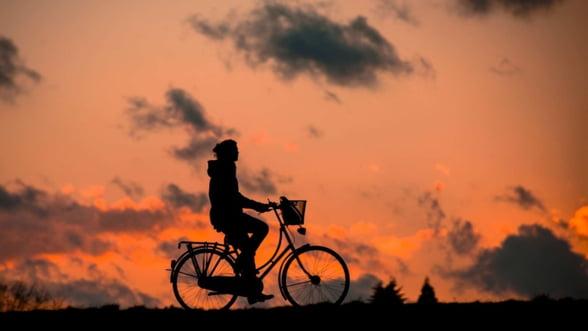 Bicicleta electrica - ideala pentru corporatisti si oameni de afaceri