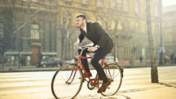 Biciclete in loc de masini! 6 avantaje majore ale mersului pe bicicleta
