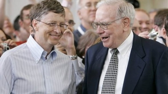 Bill Gates si Warren Buffett ii determina pe alti miliardari sa-si doneze averea